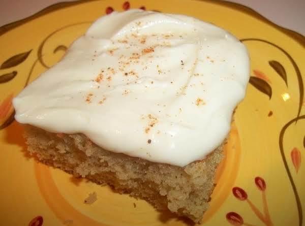 Vintage Nutmeg Feather Cake