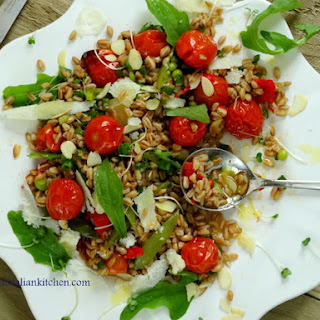 Spelt Farro Salad with roasted tomatoes so deliciously healthy