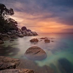Sunset at Belitung by Mario Wibowo - Landscapes Beaches ( studio, canon, workshop, mario, kursus, les, 2013, travel, photo, mwp, photography, course, seminar, mario wibowo, kelapa gading, trip, foto, wibowo, nikon, belitung, arps )