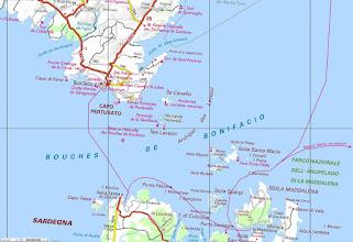Photo: úzky cca 8 km prieliv medzi Korzikou a Sardíniou