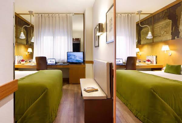 Starhotels Tourist