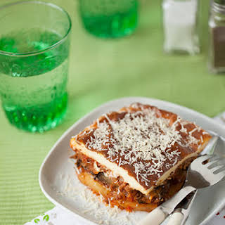 Vegetarian Moussaka (with vegetable protein).