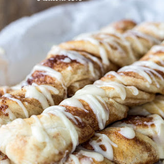 Cinnamon Roll Breadtwists Recipe