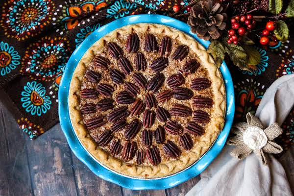 Pecan Pie That'll Make Your Mouth Water Ready To Be Sliced.