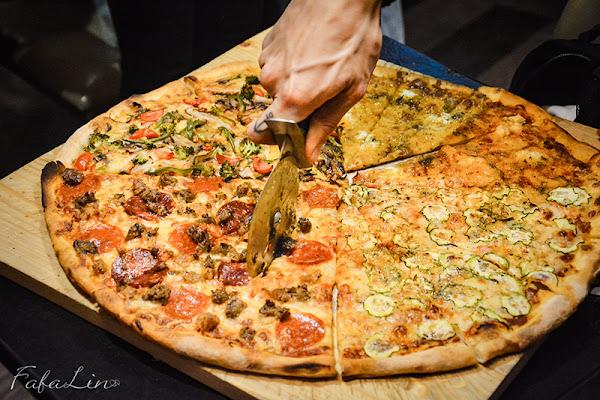 小紐約披薩Little New York Pizzeria(延吉店)-台北東區18吋巨大美式披薩 多達20種口味任選雙拼四拼
