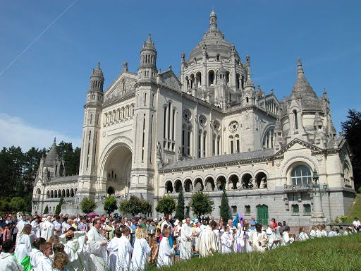 The Basilica of St. Thérèse of Lisieux is the second most visited pilgrimage site in France after Lourdes. Lisieux is less than an hour from Le Havre.