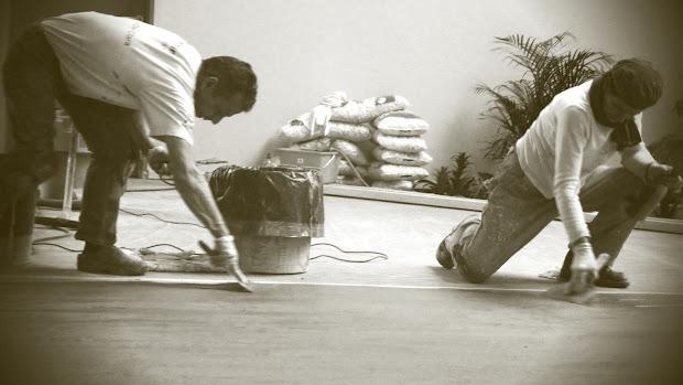 formation-beton-cire-produits-les-betons-de-clara-specialiste-du-beton-cire-reseau-micro-franchise-devenez-autoentrepreneur-specialiste-du-beton-cire