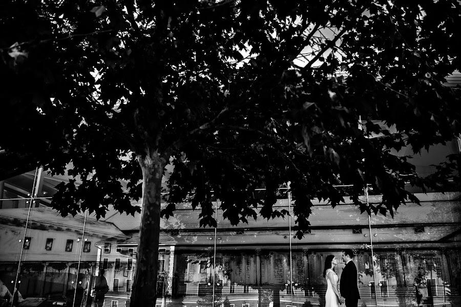 Wedding photographer Mihai Ruja (mrvisuals). Photo of 17.10.2017