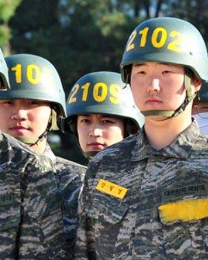 shinee minho military 7