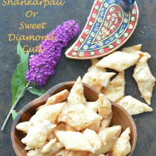 Sweet Shankarpali or Sweet Diamond Cuts.