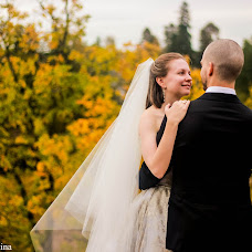 Wedding photographer Ekaterina Nikitina (NikitinaE). Photo of 01.10.2016