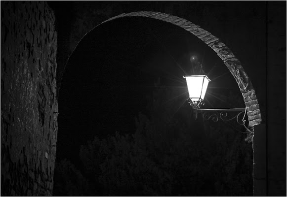 La luce del borgo di gabrielomar