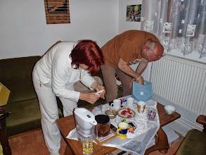 Photo: Přípravy na Vesak - Preparations for Vesak