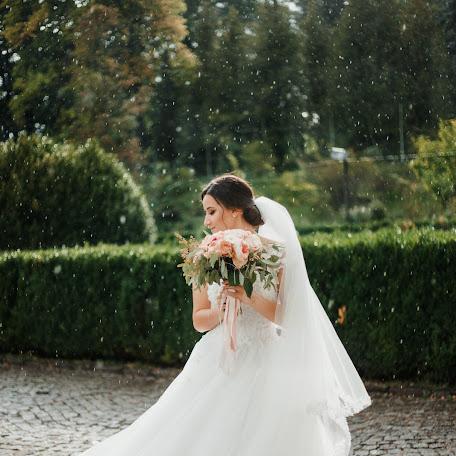 Wedding photographer Chіlla Palosh (ChillaPalosh). Photo of 21.11.2017