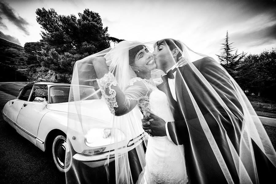 Wedding photographer Giuseppe Genovese (giuseppegenoves). Photo of 17.10.2016