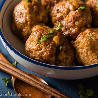 Chinese Lion's Head Pork Meatballs (狮子头).