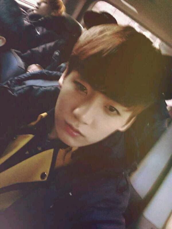 jungkookcarselfies_5