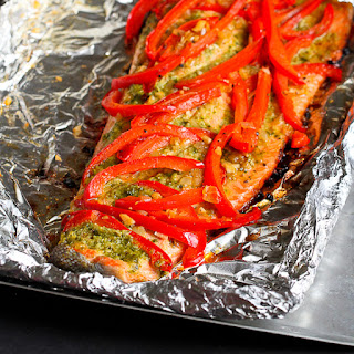 Easy Grilled Pesto Salmon in Foil