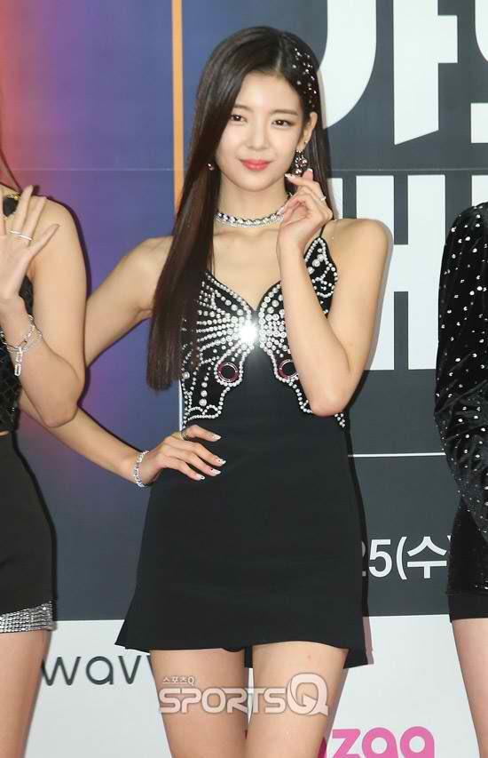 lia dress 13