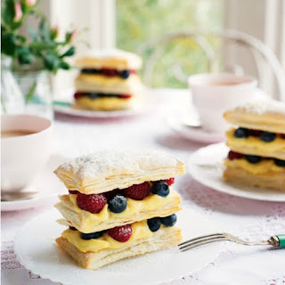 Berry Cream Puffs