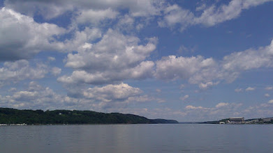 Photo: Hudson River. Beautiful conditions