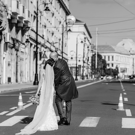 Fotograful de nuntă Adrian Ionescu (AdrianIonescu). Fotografie la: 13.09.2018