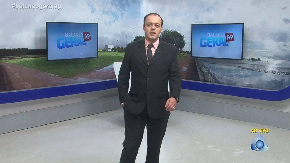 Luis Eduardo apresentado o Balanço Geral AP