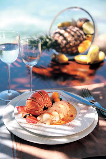 Guadeloupe-seafood.jpg - Plan a leisurely lunch of seafood and fine wine at Saveurs Kreyol in Baie Mahault, Guadeloupe.