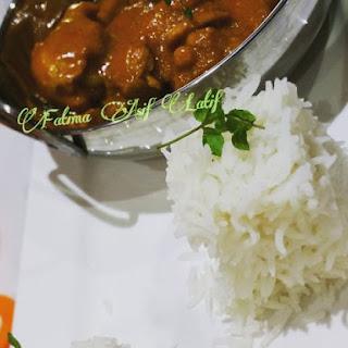 Chicken With Yogurt & Coconut Sauce