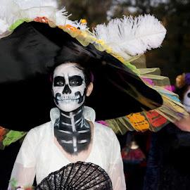 Catrina by Sergio Yorick - Public Holidays Halloween ( holiday, color, woman, body art, costume )