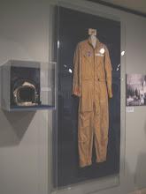 Photo: Alan B. Shepard's suit & helmet