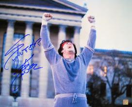 """Photo: Sylvester Stallone na cena da escada de """"Rocky"""""""