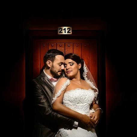 Wedding photographer Albertts Lozada (Albertts19). Photo of 20.11.2017