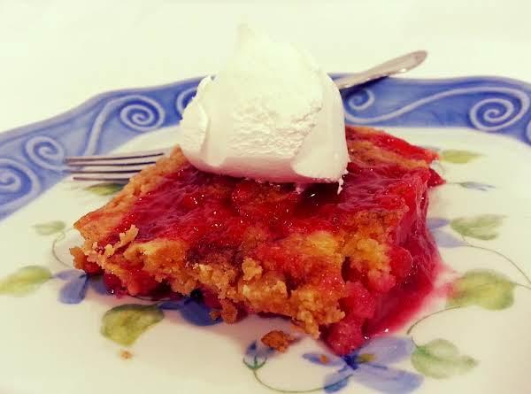 Rhubarb Dumpcake