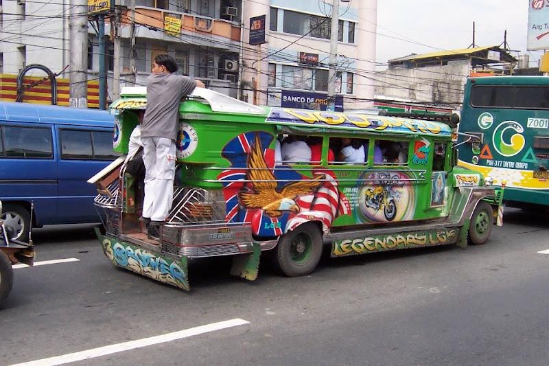 http://lh5.google.com.tw/dmreader8/R37rWu9cQqI/AAAAAAAADNo/d5E2Y6BX3xE/s800/Jeepney.jpg