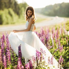 Fotógrafo de bodas Liza Medvedeva (Lizamedvedeva). Foto del 11.07.2017