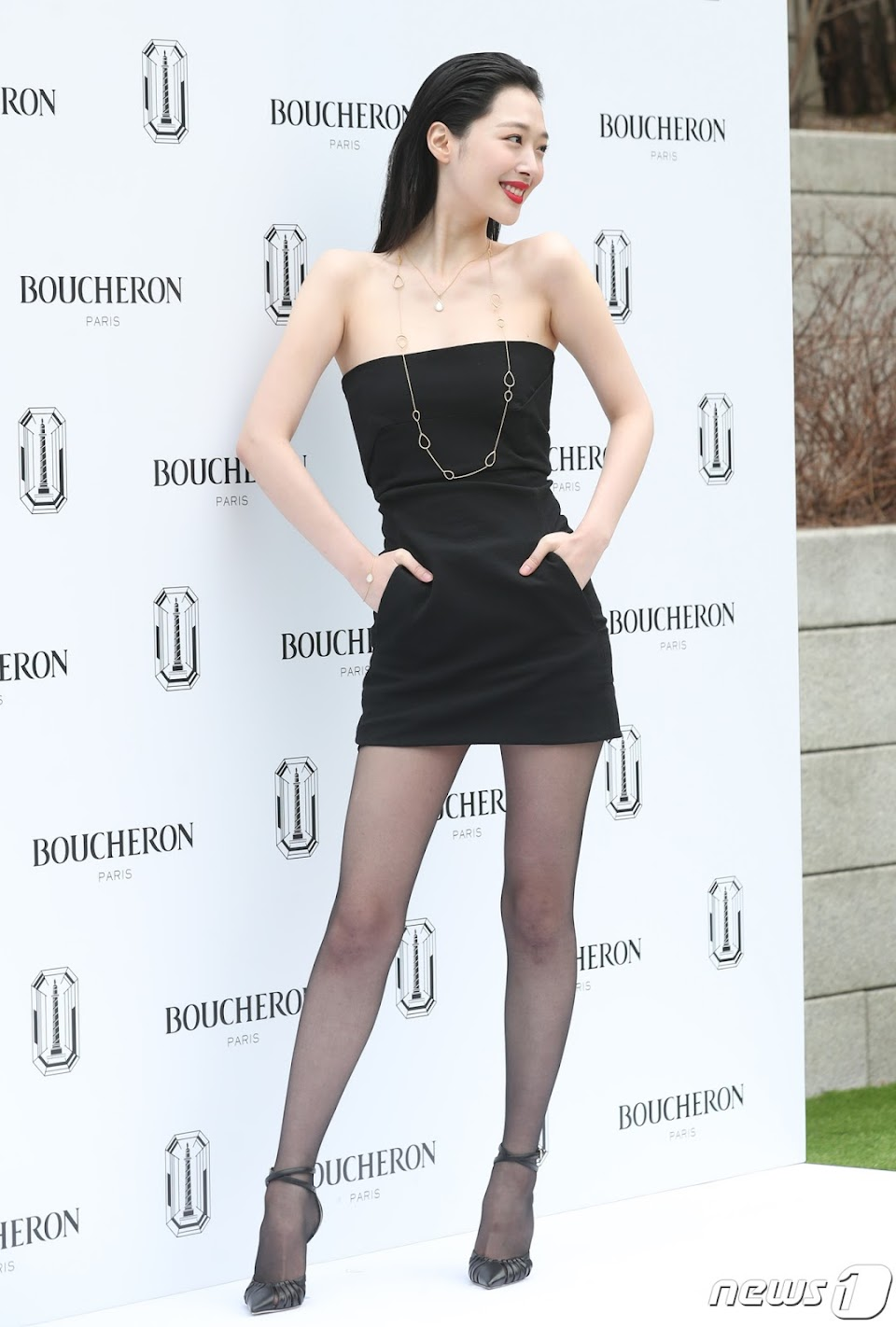 sulli black mini dress 9
