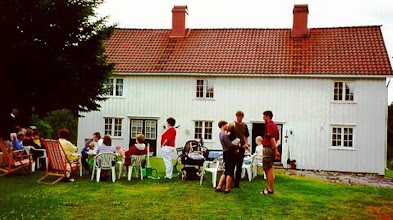 Photo: Stenersen Reunion at Eikeland (Torunn Urfjell's home). A gathering of cousins from my paternal grandmother's side.