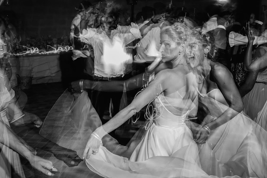 Wedding photographer Julien Laurent-Georges (photocamex). Photo of 15.01.2019