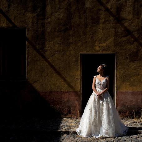 Wedding photographer Angel Velázquez (AngelVA). Photo of 15.12.2017