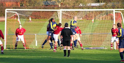 Photo: 09/12/06 v Halls (KCL1W) 3-1 - contributed by Paul Roth