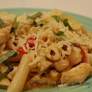 Pasta & Chicken Toss