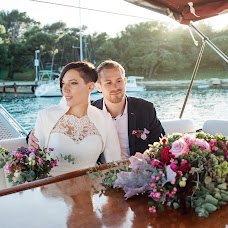 Wedding photographer Vera Krekhoveckaya (kreha985). Photo of 26.10.2017