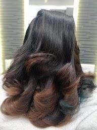 Esvee Hair Studio photo 1