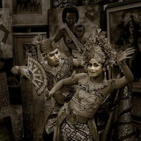 penari bali by Ruly Wardana - People Portraits of Women