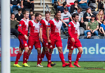 Officiel: Cyriel Dessers quitte FC Utrecht, mais pas les Pays-Bas