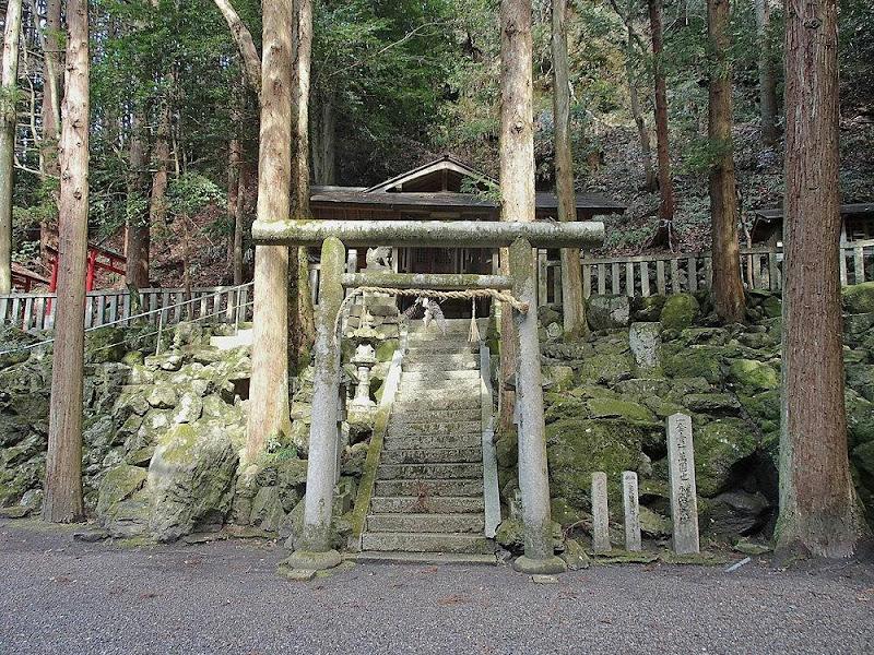 【日本がわかる神社のはなし】神社を通して見える老舗同士の不思議な縁、「永谷園と山本山」の意外すぎる繋がりとは?