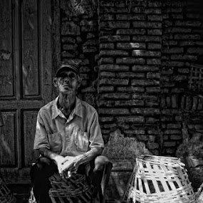 take a rest by Ayah Adit Qunyit - City,  Street & Park  Neighborhoods (  )
