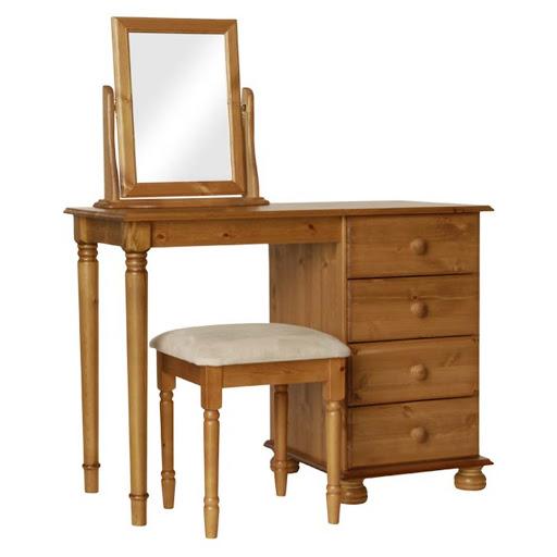 Copenhagen Pine Room Set