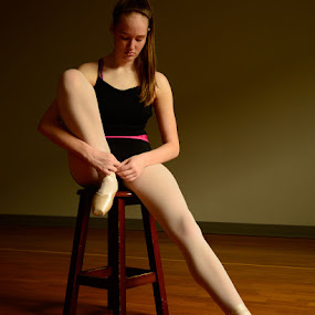 Dancing Thoughts by John Roberts - People Portraits of Women